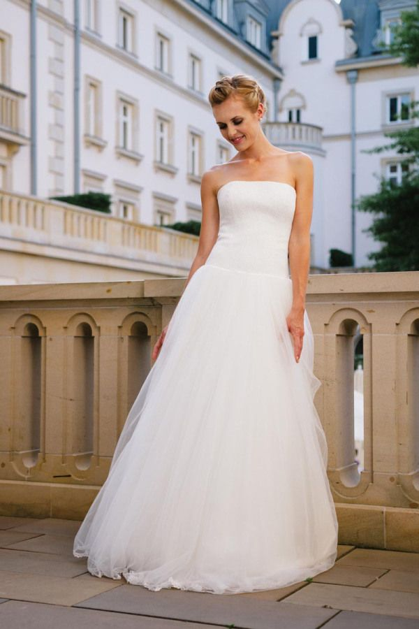 13 best Brautkleid images on Pinterest | Short wedding gowns ...
