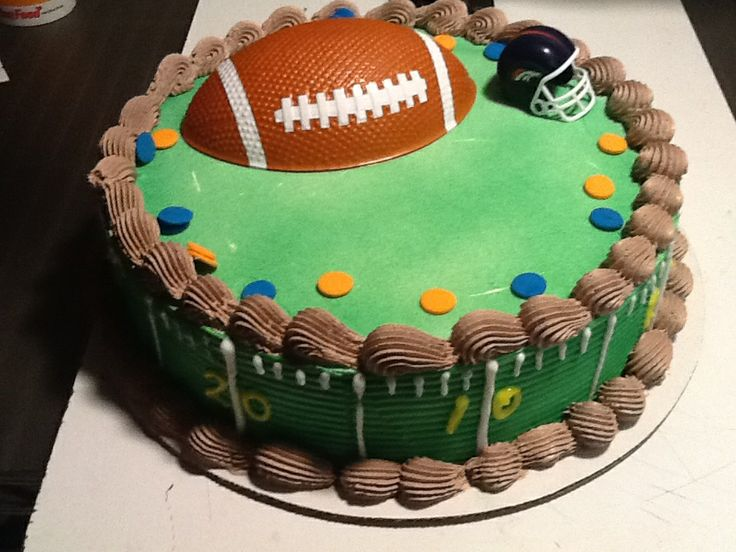 Dq cakesdairy queen football cakes pinterest