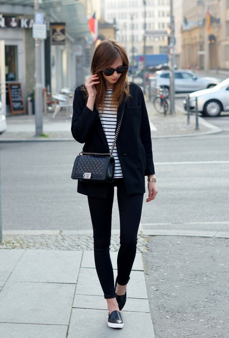 Stripes + Chanel Boy Bag http://www.voguehaus.com/2014/04/in-streets-of-berlin.html?utm_source=feedburner&utm_medium=feed&utm_campaign=Feed:+Voguehaus+(voguehaus)