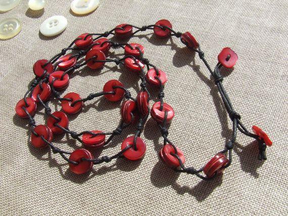 Collana Madreperla Rossa realizzata con bottoni di nodiEbottoni