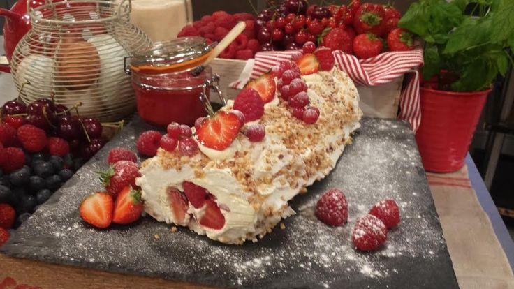 Summer fruit meringue roulade
