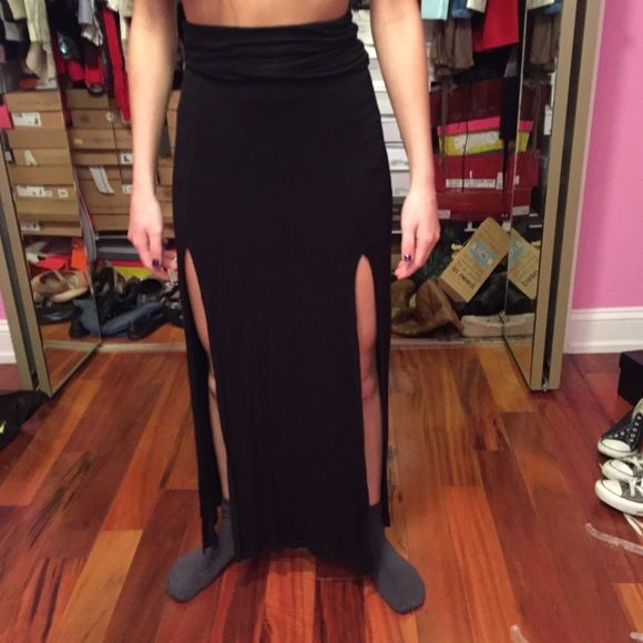 Black maxi skirt with slits Black maxi skirt with slits Joyce Leslie Skirts Maxi