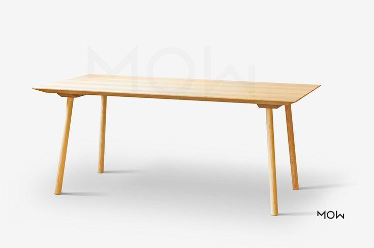 Vzdušný stůl masiv borovice nebo dub, minimalistický vzhled.