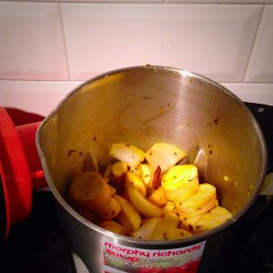 Morphy Richards soup maker spicy parsnip soup review recipe