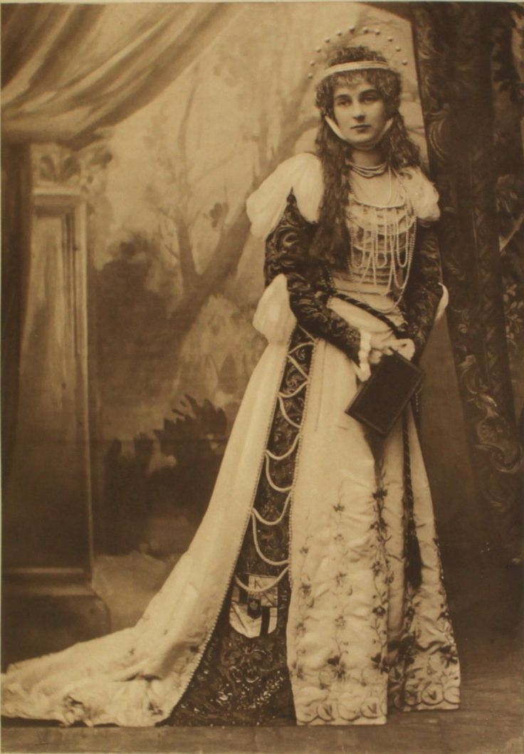 Countess of Kilmorey, dressed as La Comtesse du Barri, mistress of Louis XV, for the Duchess of Devonshire's Jubilee Costume Ball of 1897. Description from pinterest.com. I searched for this on bing.com/images