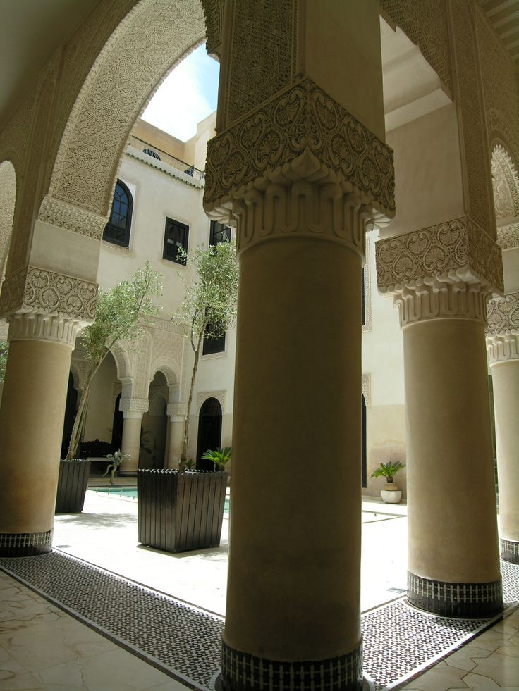 Detailed plaster carvings decorate the pillars of classic Moroccan houses. Recreate the look  http://www.maroque.co.uk/catalog.aspx