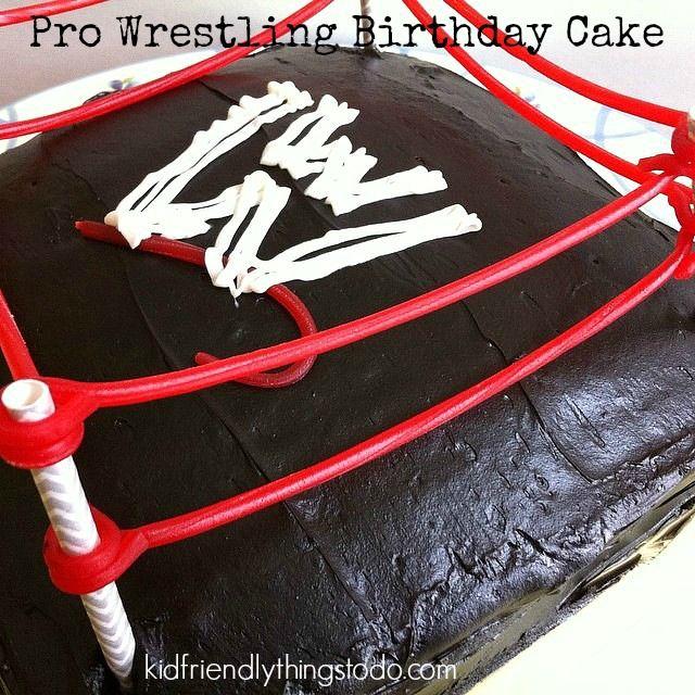 Pro Wrestling (WWE) Birthday party with DIY wrestling cake