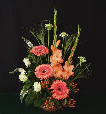pictures of floral arrangements with gladiolas | gladiolus, gerbera daisy, lysimachia, roses