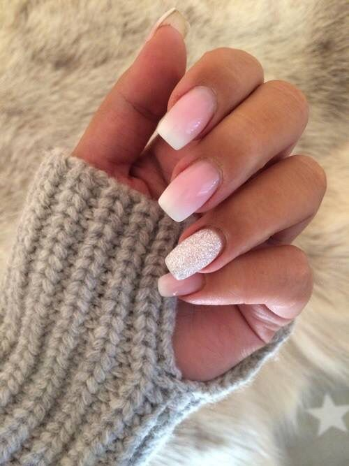Fade French manicure                                                       …