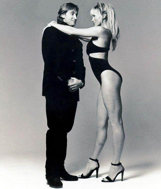 Wayne Gretzky & wife Janet Jones married July 16, 1988 and have 5 kids