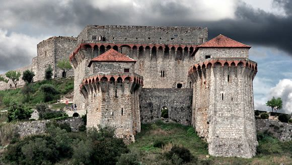 Ourem Portugal  City pictures : Ourém castle, Portugal. | Your Wedding in Portugal | Pinterest