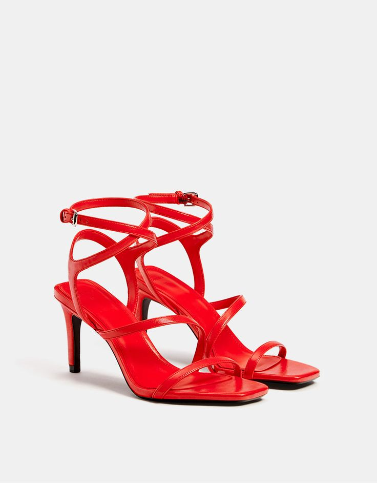High heel strappy sandals - Bershka #fashion #product #shoes #sandals #strappy #heels #red #sandalias #rojas #tacon #trend #trendy #girl #girly #cool