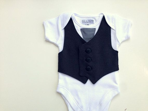 Hey, j'ai trouvé ce super article sur Etsy, chez https://www.etsy.com/fr/listing/184015742/boys-one-piece-baby-vest-baby-boy