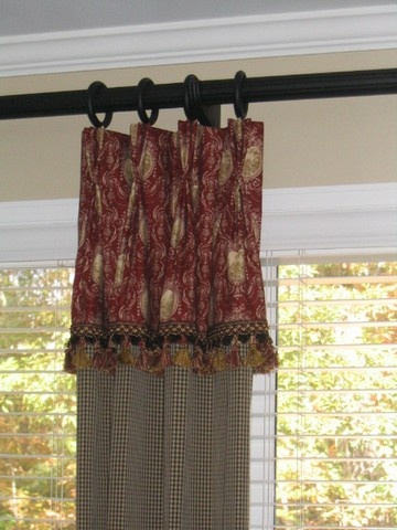 25 Best Valances For Living Room Ideas On Pinterest Curtains And Window Treatments Building Windows And Traditional Window Treatments