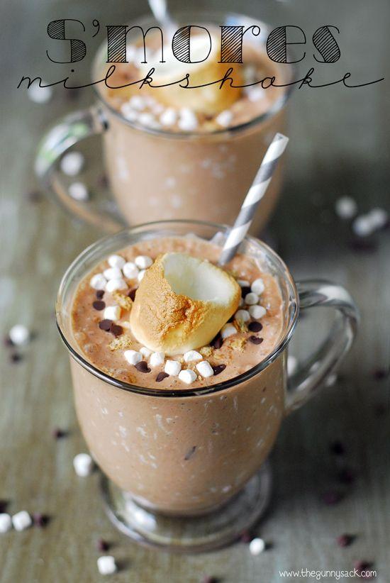 Cool down with a S'mores Milkshake! E além de gostoso a xícara ainda é liiiiiinda!!!