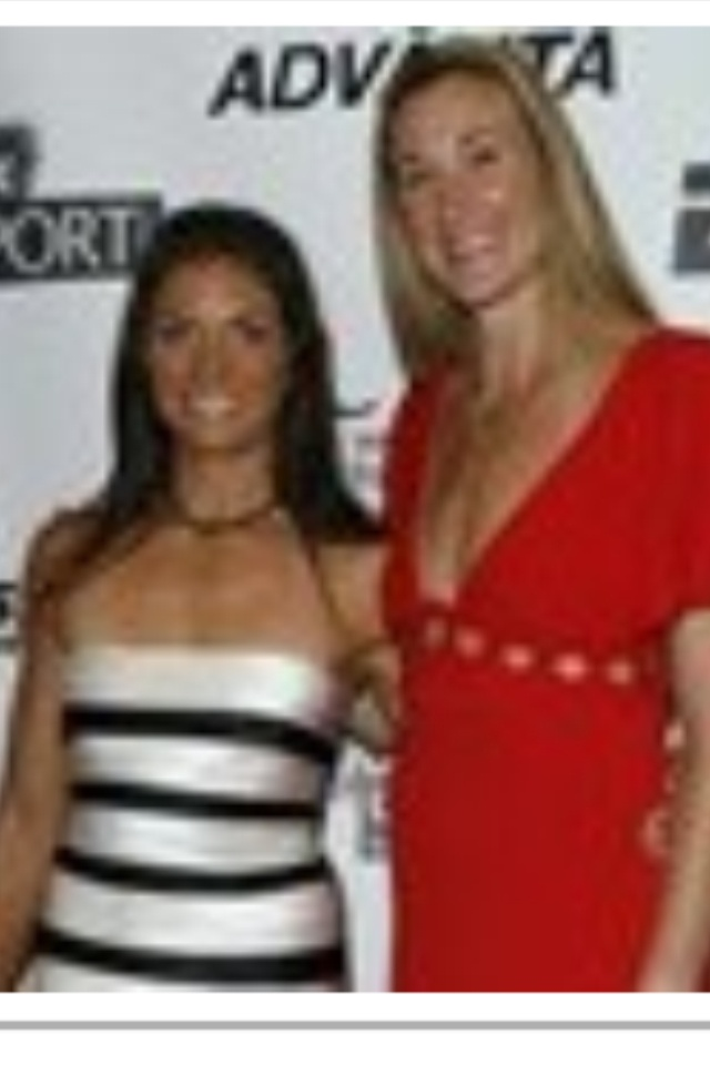 Olympians : Misty May - Treanor & Kerri Walsh Jennings