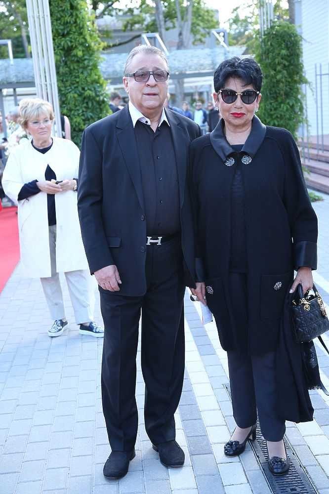 Геннадий Ханов с женой.