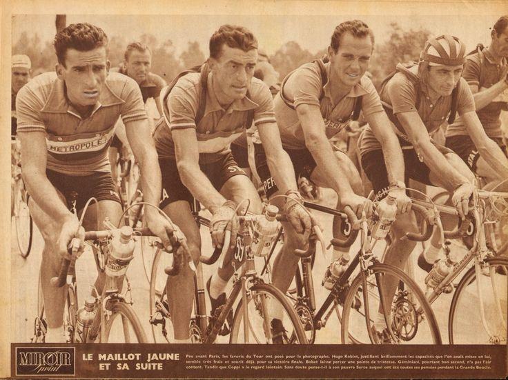 Tour de France 1951. 29-07-1951, 24^Tappa. Digione - Parigi. I protagonisti del Tour in parata verso Parigi: Raphael Geminiani (1925), Louison Bobet (1925-1983), Hugo Koblet () e Fausto Coppi (1919-1960) [Miroir Sprint] (www.cyclingpassions.eu)