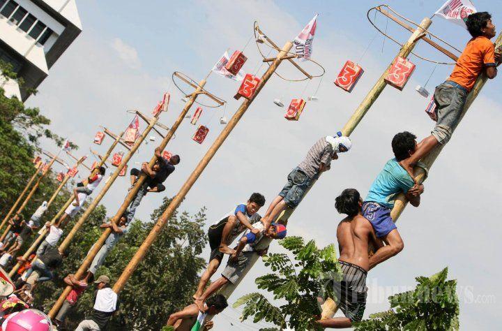 20130910_lomba-panjat-pinang-dukung-pilwakot_3521.jpg (720×474)