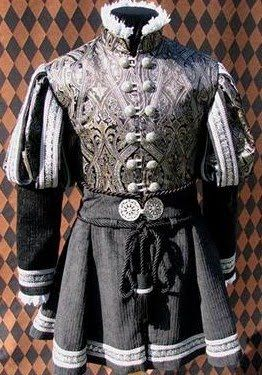 A doublet I've always liked, works for those wanting something a bit longer. Have already successfully made a low status version of this in plain wool which looks great. Bit too late in period, but can be de-'modernised' by removing ruff and changing up the sleeves.