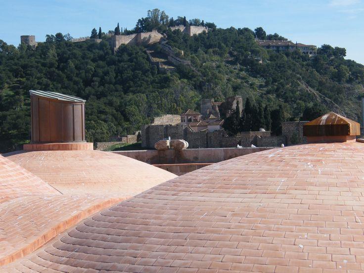 Castillo de Gibralfaro desde las cubiertas de la Catedral