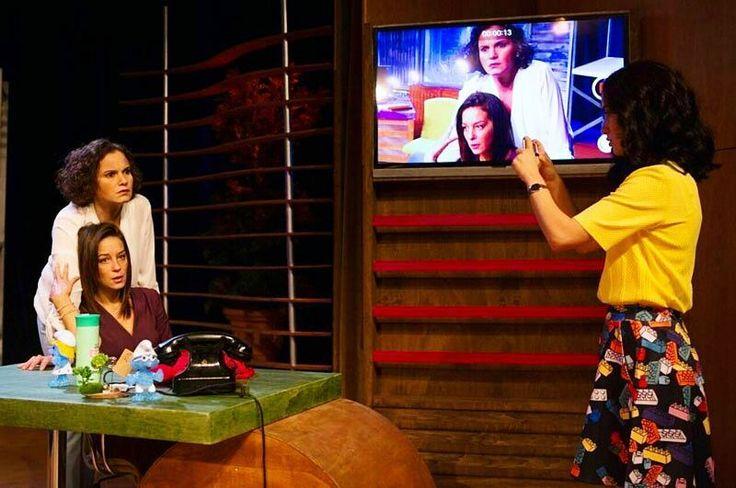 """EKİP Tiyatrosu ve Tiyatro İstanbul ortak yapımı """"Popüler Gerçek"""" isimli şirket komedisi Ocak ayında -belki de hafta sonu - keyifli bir tiyatro molası olabilir . İyi tatiller! . . . . . .  #tiyatro #istanbul #PopülerGerçek #ekip #haftasonu #cuma #cumartesi #pazar #işhayatı #yarıșma"""