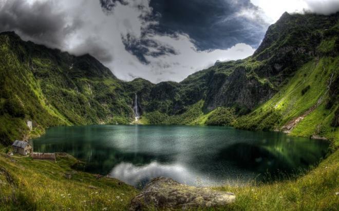 Le Lac d'Oô dans les Pyrénées