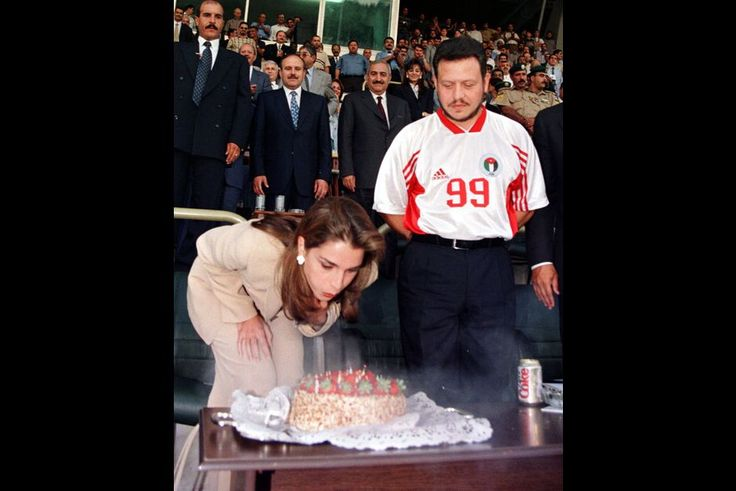 Rania avec le roi Abdallah en 1999