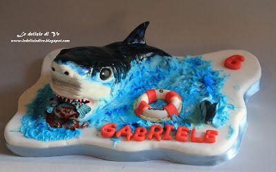 Le Delizie di Ve: SHARK TOPPER CAKE
