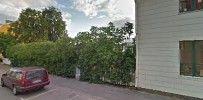 Hitta lokala företag, titta på kartor och hämta vägbeskrivningar i Google Maps.