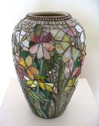 Judith Scallon, mosaic vase--stained glass? <3<3<3GORGEOUS<3<3<3