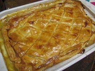 Een heerlijke en simpele pastei, aangepast voor twee personen, waar je op een doordeweekse dag mee voor de dag kunt komen.