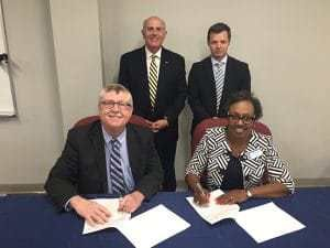 Southern Arkansas University #university #of #arkansas #online #degrees http://wisconsin.nef2.com/southern-arkansas-university-university-of-arkansas-online-degrees/  # Southern Arkansas University – the most affordable, fastest growing university in Arkansas The Southern Arkansas University System has signed an agreement to help students holding an Associate of Arts in General Studies-Law Enforcement degree from Southern Arkansas University Tech to transfer seamlessly to Southern Arkansas…