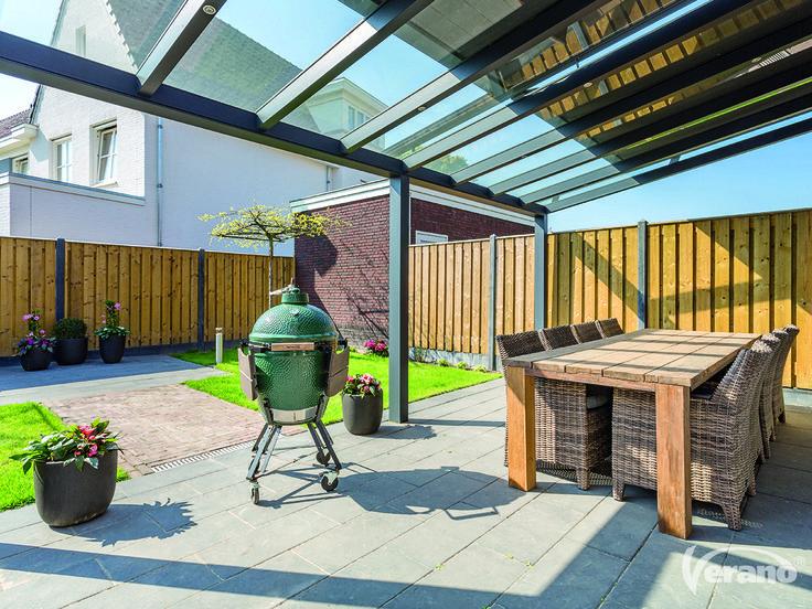 Door het toevoegen van #verandazonwering aan je #terrasoverkapping creëer je schaduw op je terras!