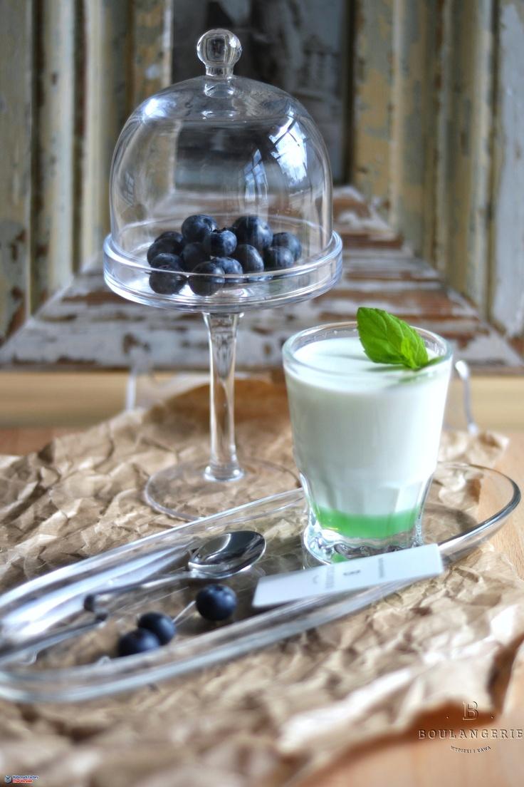 Mleko smakowe (pomarańcza, karmel, pistacja, blue curacao). 4 zł