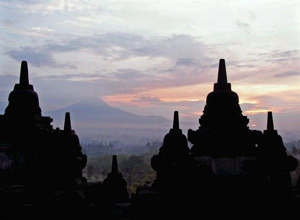 Tips on visiting Borobudur temple in Central Java, Indonesia