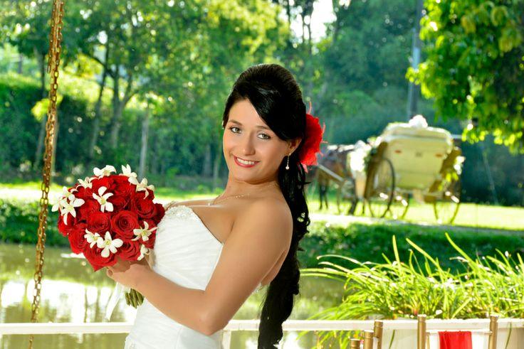 Las bodas al aire libre o en exteriores están muy de moda para el festejo tanto de ceremonias como de recepciones. #FotografiaParaBodasCali