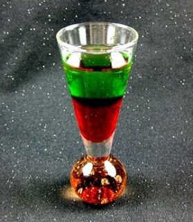 Santa Shot Recipe,  #christmas #cocktail #recipe