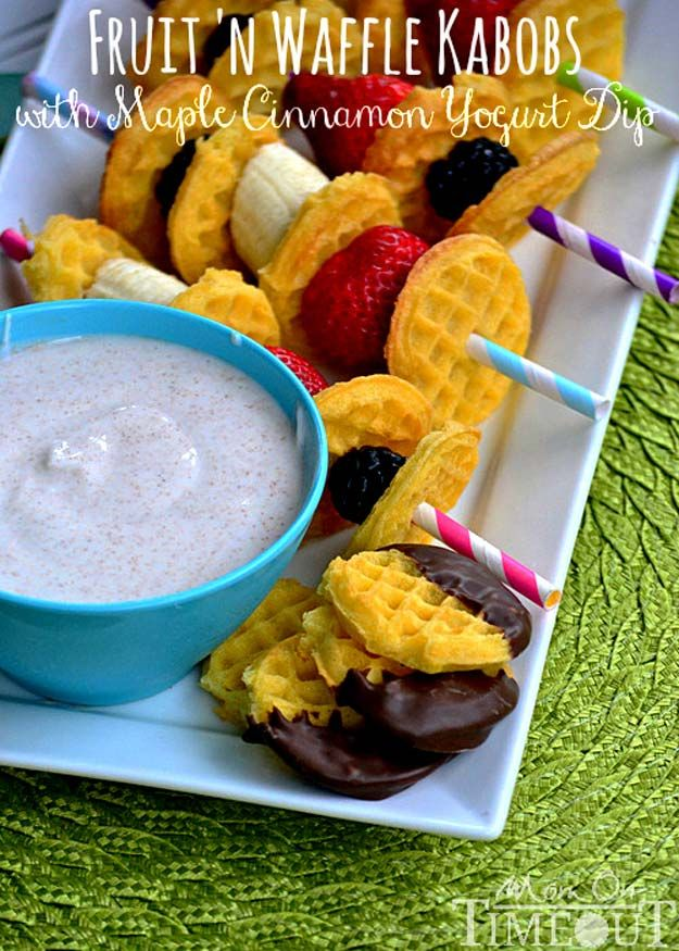 Cool and Easy Recipes For Teens to Make at Home - Fruit 'n Waffle Kabobs with Maple Cinnamon Yogurt Dip - Fun Snacks, Simple Breakfasts, Lunch Ideas, Dinner and Dessert Recipe Tutorials - Teenagers Love These Fun Foods that Are Quick, Healthy and Delicious Ideas for Meals http://diyprojectsforteens.com/diy-recipes-teens