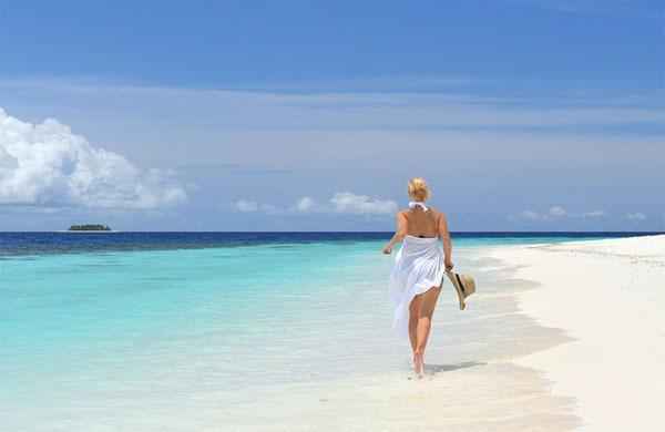 a bare foot walk under the hot sun at the shore line .... a therapy for sound health.: Exotic Beaches, Beaches Beaches, Favorite Places, Club Maldies, Vacation, Beautiful Places, Beaches Repin Share Like, Http Wp Me P291Tj 5X Exotic