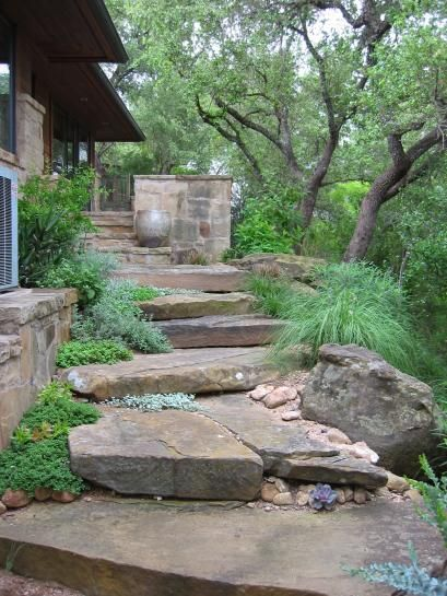 1000 images about gardens paths and country roads on for Landscaping rocks austin