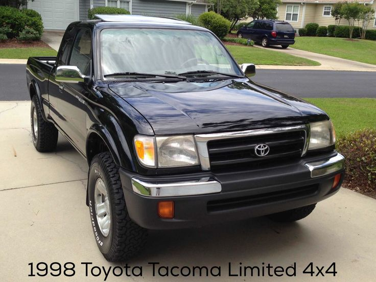1998 Toyota Tacoma Limited 4WD X-cab (V6) manual 5 spd, factory sunroof! (super rare) First year TRD. All original.