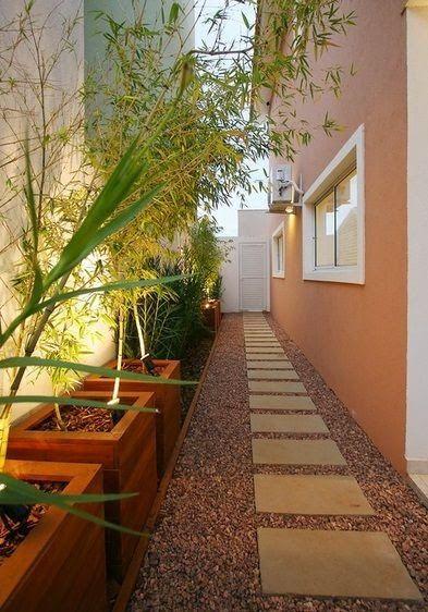 ideias jardim exterior:Decoração e Artesanato: Ideias para decorar o corredor lateral da