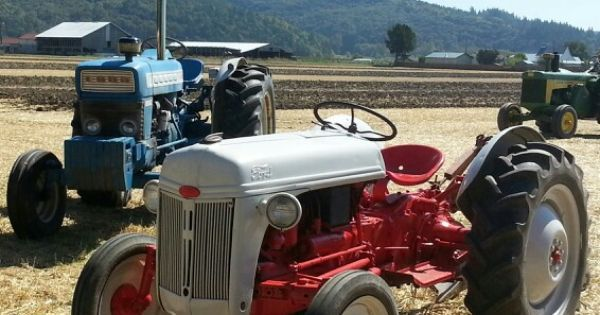 1000+ Ideas About Ford Tractors On Pinterest