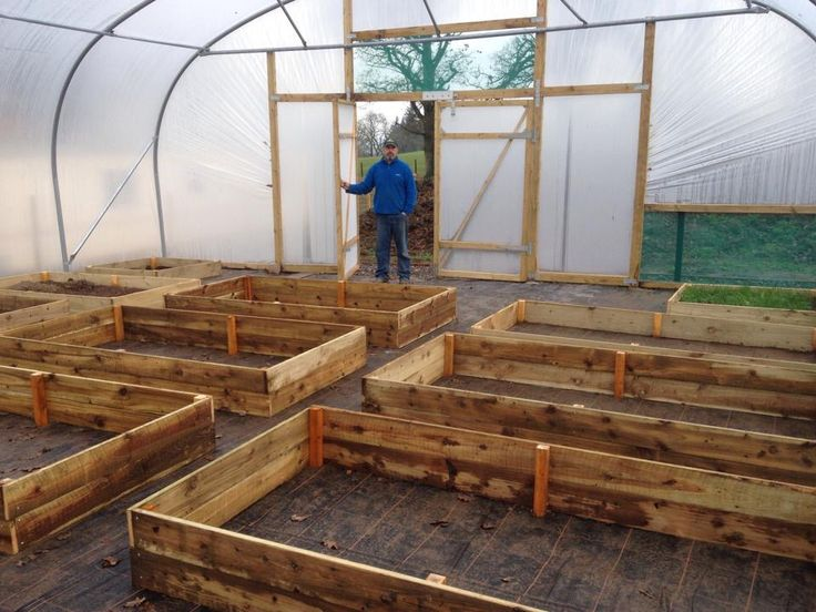 how to make a wooden polytunnel