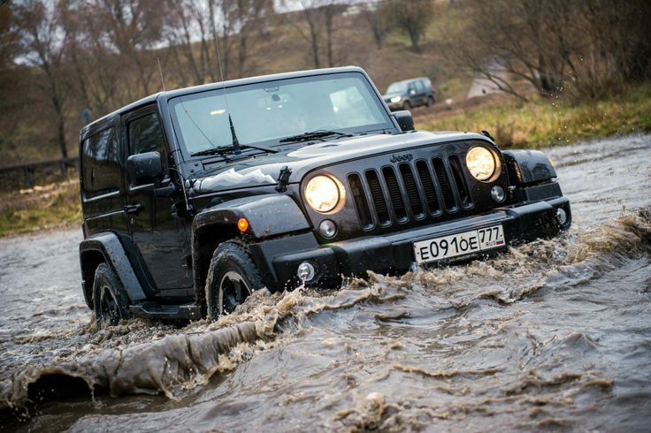Всадник апокалипсиса: тест-драйв Jeep Wrangler Sahara (Джип Вранглер Сахара)