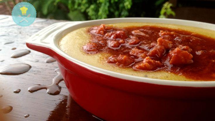 2 colheres (sopa) de manteiga (40 g) 1 colher (sobremesa) de alho picado 1 cebola pequena picadinha (100 g) 1 tablete de caldo de frango 1 ½ litro de água 200g de fubá (1 xícara de chá + 2 c…