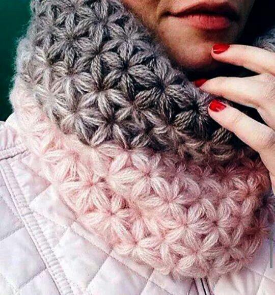 Zie 2 patronen starstitch sjaal. Cowl pattern scarf