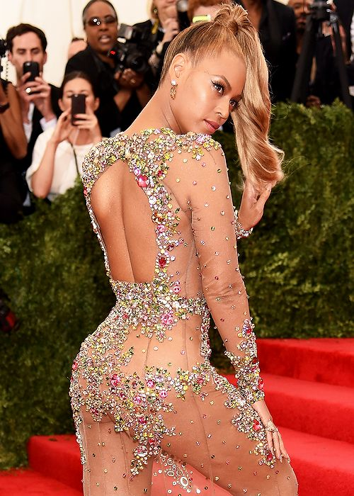 Hot or hmm beyonce s 2015 met gala costume institute for Haute shut me down