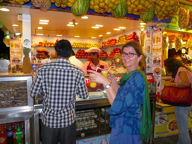 "Fresh pineapple juice at Chaupati ""Chowpatty"" Beach, Mumbai, India. © 2016 a kiwindian couple."